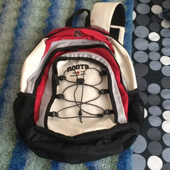 Roots Handbags - Roots Single Strap Backpack